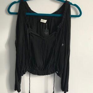 Long sleeve black crop top never been worn